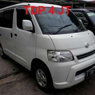 Daihatsu GranMax 1500-D 2012