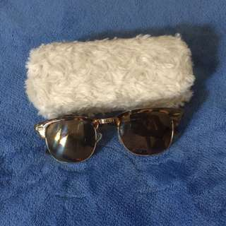 American Eagle Outfitters sunglasses / shades