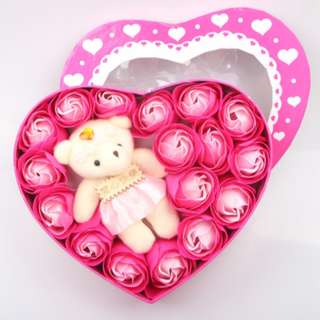 Lovely Valentine's Gift - 18 pcs Soap Flower and Toy Bear Heart Box Set