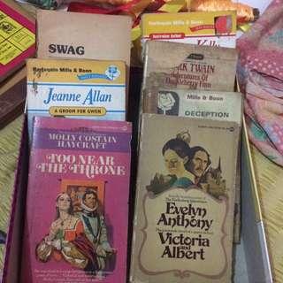 7 Pocket books