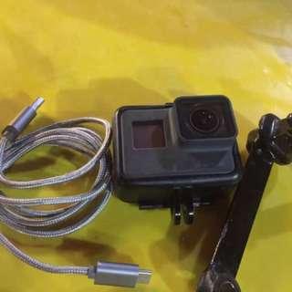 Gopro hero 5 untuk dijual bukak harga RM1000 dapat gopro+sd 32gb+charger+waterproof +tapak stand side mirror . Ade hairline crack modal bawah 100 repair harga boleh nego . Area kl pm atau ws 0189688464
