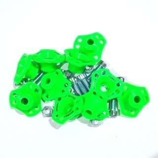 MONEL SEGITIGA SHARKY HIJAU (ISI 10PCS)