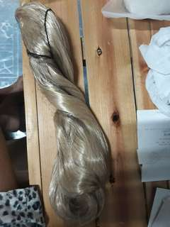 Selling ash blonde claw clip wig