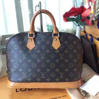 💯Original LV Hand bag mm size