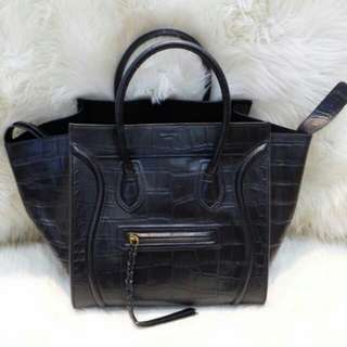 READY 2 BAGS ONLY! CELINE PHANTOM CROCO EMBOSSED ORIGINAL LEATHER (MIRROR 1:1 WITH AUTHENTIC)