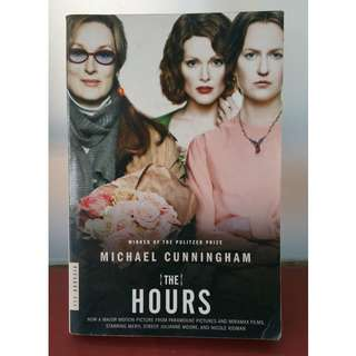 BOOK - THE HOURS (Michael Cunningham)
