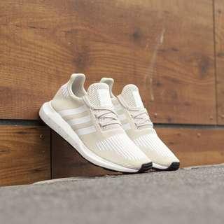 adidas SWIFT RUN W 愛迪達 襪套式慢跑鞋 透氣舒適 CG4141