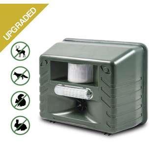 Aspectek Yard Sentinel STROBE- Ultrasonic Outdoor Animal Control Pest Repeller Motion Detector