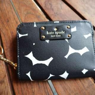 Kate Spade Black dot wallet