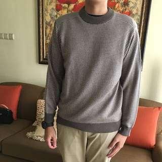Brown patern sweater