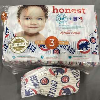 The honest Company born fan collectors item eco friendly premium diapers Chicago Cubs 3 -6 months