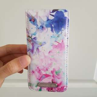Forever New iPhone 4 Floral Flip Case