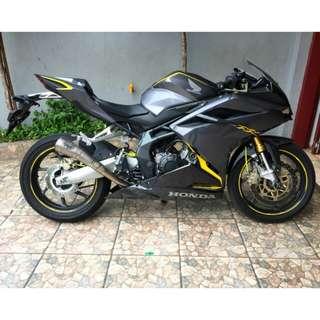 MOTOR CBR 250 RR NON ABS GREY SECOND