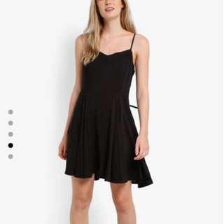 正品歐美黑色細肩帶洋裝