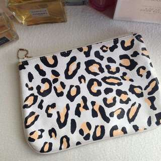 BREAD AND BUTTER POUCH $46USD