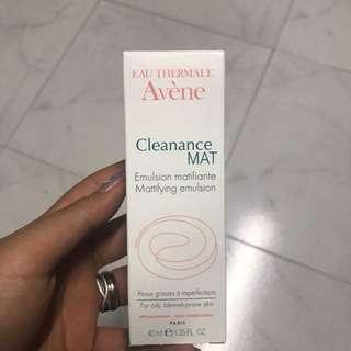 Avene Cleanance Mat