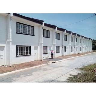 Townhouse For Sale CASA BLANCA San Mateo Rizal