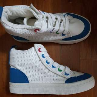 Brand new 3Y Sneakers