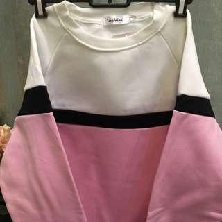 【特價】  88dress全新女裝  韓款粉紅拼色底有抓毛保暖棒球衣衛衣 korean style color blocking pullover fleece inside  Size M  #602346#  BUST上圍 90CM/  SLEEVE 袖長 63CM/  WAIST 腰圍 100CM/  LENGTH 長度 64CM  Original Price原價: HKD126