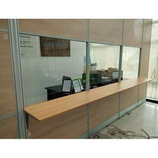 FLOOR TO CEILING LAMINATED WITH GLASS OFFICE PARTITIONS