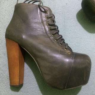 BUY THIS, GET ANOTHER ITEM FREE!! MARKED DOWN x3!! PRICE NEGOTIABLE! Jeffrey Campbell Lita Boots - Faded Gray - Size 5