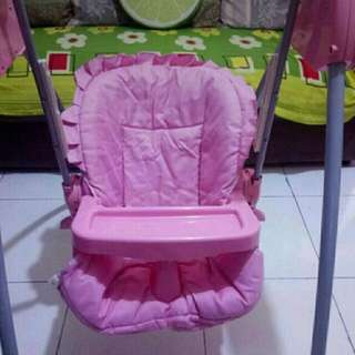 High chair turn to swing