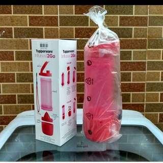 NEW Tupperware Infused Bottle
