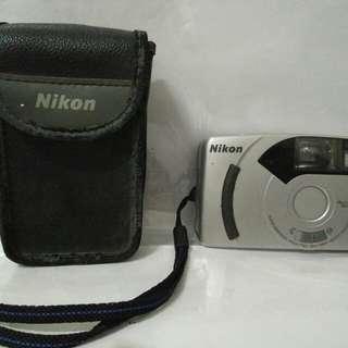 Kamera NICON