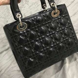 Christian dior lady dior medium black patent SHW