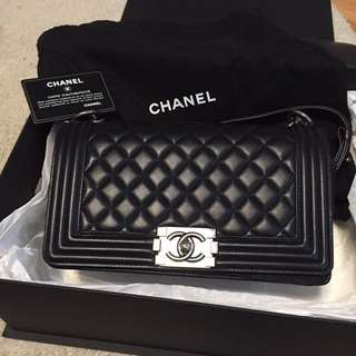 """Chanel 黑色 """"Boy Chanel"""""""