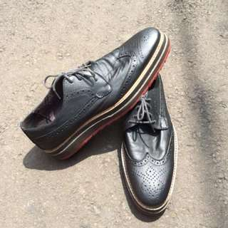 Dandy Leather Wingtip Shoes 42 AUTHENTIC England