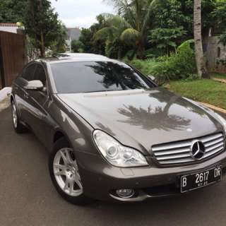 Indium Grey Metalic CLS350 Benz Top Condition