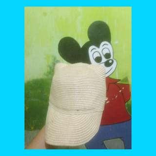 Topi ear micky