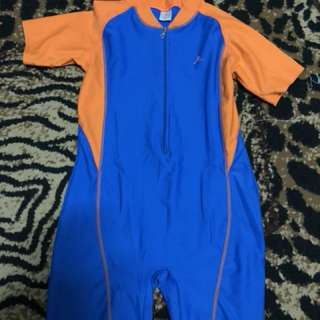Swimming suit