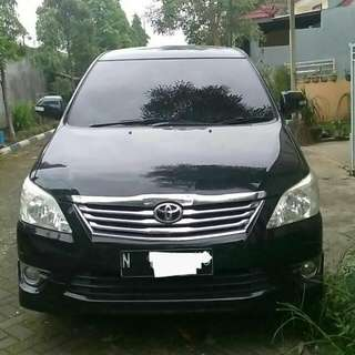 Toyota Innova V Luxury 2012 AT