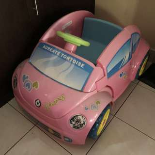 Volkswagen Beetle car for sell