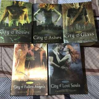 Mortal instruments 1-5 (bhs indo)