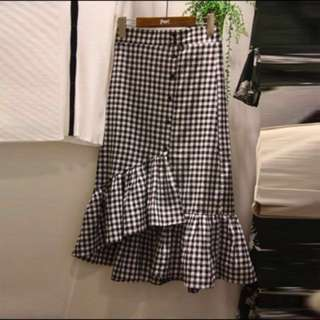 Gingham ruffle midi skirt (checkered skirt)