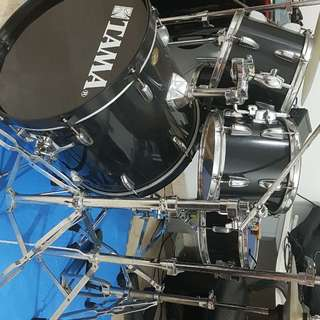Tama 5 pc Drum Set with full hardware and cymbals