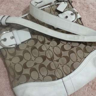 coach  sling bag(auth.)