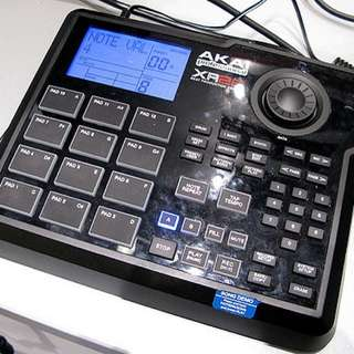 Akai xr 20 drum machine workstation