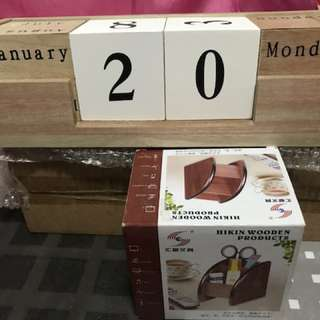 Block calendar & Stationery stand