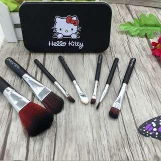 *In stock* Hello Kitty Brush Set