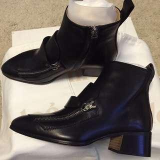 Chloe 黑色真皮短boot