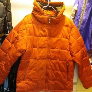 保暖橙色有帽外套褛