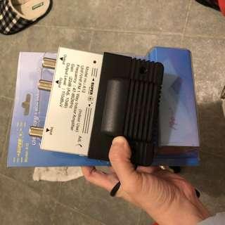 電視訊號放大器 (UHF/VHF/FM 1 way indoor amplifier)