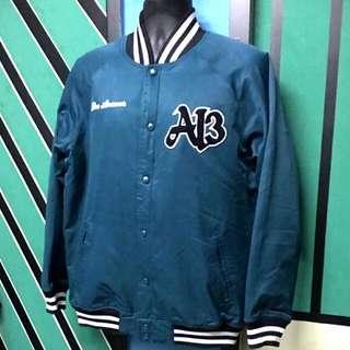Reebok allen Iverson vintage baseball jacket 棒球褸, hkd 280.( levi, lee, wrangler, converse , vans, golden ber made in USA japan, champion )
