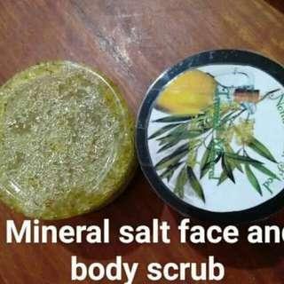 Salt mineral Body scrub