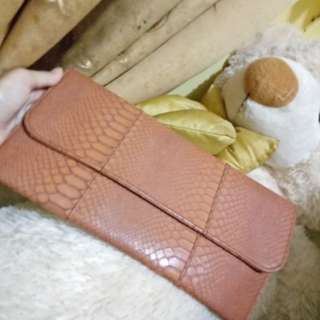 Handbag/wallet by the litle things she needs