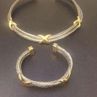 Choker and bracelet